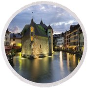 Palais De L'isle And Thiou River In Annecy Round Beach Towel