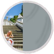 Portugal Woman Tourist Round Beach Towel