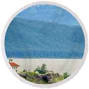 Remote Lighthouse Island Standing In The Middle Of Mud Bay Alask Round Beach Towel