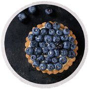 Tartlet With Blueberries Round Beach Towel