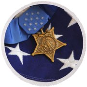 The Medal Of Honor Rests On A Flag Round Beach Towel