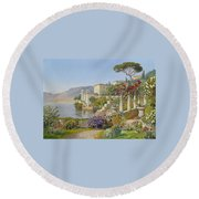View Of A Lake In The South Round Beach Towel