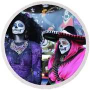 2 Women Day Of The Dead  Round Beach Towel