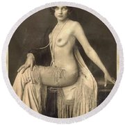 Digital Ode To Vintage Nude By Mb Round Beach Towel
