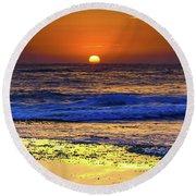 Sunrise Seascape And Rock Platform Round Beach Towel