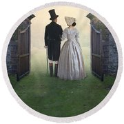 Victorian Couple  Round Beach Towel