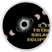 2017 Total Solar Eclipse Phases Round Beach Towel