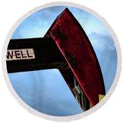 2017_09_midkiff Tx_oil Well Pump Jack Closeup 2 Round Beach Towel