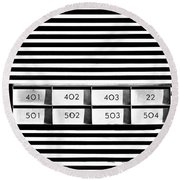 22 Odd One Out Round Beach Towel