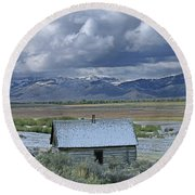 2d07515 Abandoned Cabin Round Beach Towel