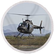 An Oh-58 Kiowa Helicopter Of The U.s Round Beach Towel