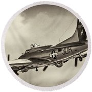 B17 Flying Fortress Round Beach Towel