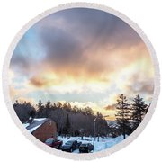 Beautiful Sunrise Over Horizon On Snowshoe Mountain West Virgini Round Beach Towel