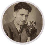 George Orwell 1 Round Beach Towel