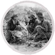 3 Men And A Dog Panning For Gold C. 1889 Round Beach Towel