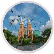 Notre-dame Cathedral Basilica Of Saigon, Officially Cathedral Basilica Of Our Lady Of The Immaculate Round Beach Towel