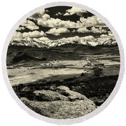 Pleasant Valley Colorado Round Beach Towel