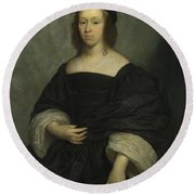 Portrait Of A Lady Round Beach Towel