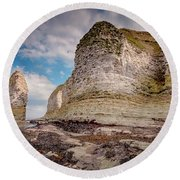 Stack And Chalk Cliff Round Beach Towel