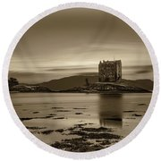 Sunset Over Castle Stalker,  Scotland, United Kingdom Round Beach Towel