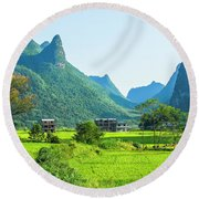 Rural Scenery In Summer Round Beach Towel