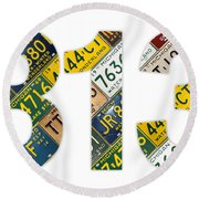 313 Area Code Detroit Michigan Recycled Vintage License Plate Art On White Background Round Beach Towel