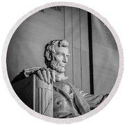 Abraham Lincoln Memorial In Washington Dc Usa Round Beach Towel
