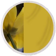 Abstract Yellow Tulip Round Beach Towel