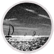 4 Boats On The Horizon Bw Round Beach Towel