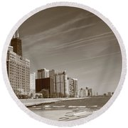 Chicago Skyline And Beach Round Beach Towel