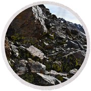 Colorful Lichens Growing On Rocks Along Monument Ridge, In The Eastern Sierra Nevadas Round Beach Towel