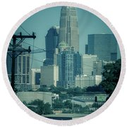 Early Morning Sunrise Over Charlotte North Carolina Skyscrapers Round Beach Towel