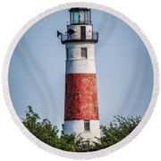 Middle Island Lighthouse Round Beach Towel