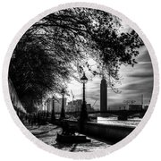 The River Thames Path Round Beach Towel