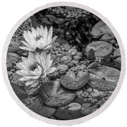 4445- Lily Pads Black And White Round Beach Towel