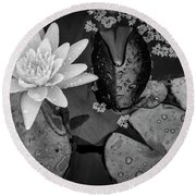 4475- Lily Pads Black And White Round Beach Towel