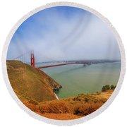 Golden Gate Bridge Vista Point Round Beach Towel