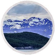 Alaska Nature And Mountain In June At Sunset Round Beach Towel