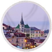 Valparaiso, Chile Round Beach Towel