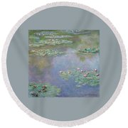 Water Lilies Round Beach Towel