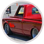 '67 Chevy C10 Awaits Green Light Round Beach Towel