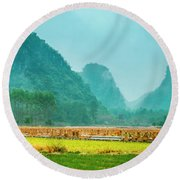 Beautiful Countryside Scenery In Autumn Round Beach Towel
