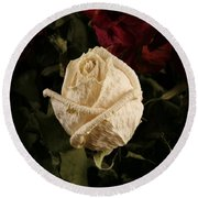 Dried Roses Round Beach Towel
