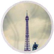 Eiffel Tower, Paris Round Beach Towel