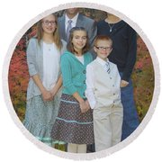 Family Pictures Round Beach Towel