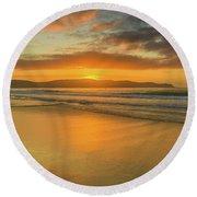 Sunrise Seascape At The Beach Round Beach Towel