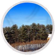 A Barn In The Snow In Maine Round Beach Towel