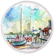 A Beautiful Street In Watchet Round Beach Towel