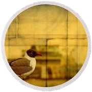 A Bird In New Orleans Round Beach Towel