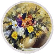 A Bouquet For Elizabeth Round Beach Towel